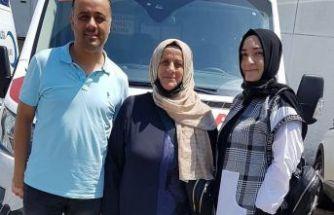 Holoğlu ailesinden Of Devlet Hastanesine ambulans