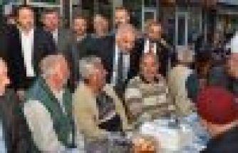 Büyükşehirin iftar sofrası bu kez Hayrat'ta kuruldu