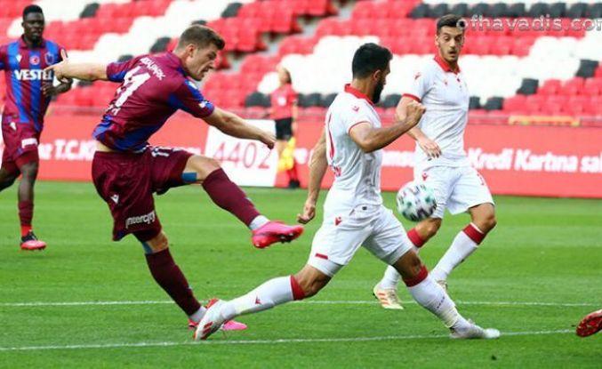 Trabzonspor ilk hazırlık maçında Samsunspor'a yenildi