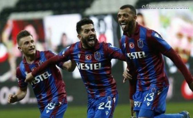 Süper Kupalı Trabzonspor Süper Lig'in lideri Beşiktaş'ı da devirdi