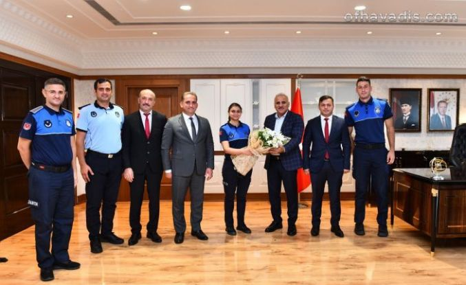 Başkan Zorluoğlu zabıta personeliyle bir araya geldi