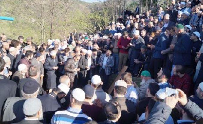 Ahmet Yaşar Hoca efendi son yolculuğuna uğurlandı