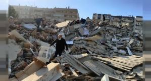 İzmir 6,6 ile sarsıldı... 39 ölü 885 yaralı