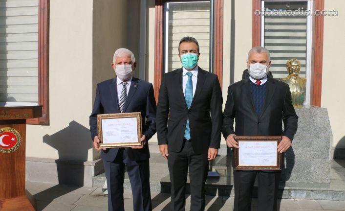 Öğretmenler Günü Hükümet Konağı önünde kutlandı