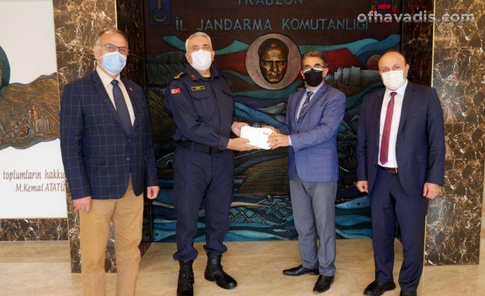 Trabzonlu öğrencilerden Mehmetçiklere moral mektubu