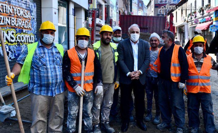 Başkan Zorluoğlu personeliyle bayramlaştı