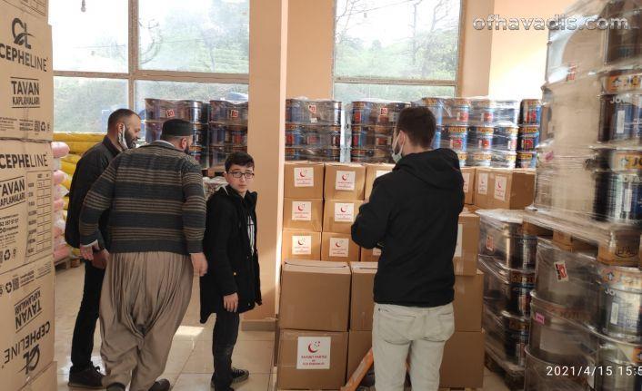 Of Saadet'ten 2 bin aileye gıda ve parakart yardımı