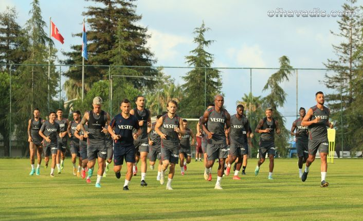 Trabzonspor UEFA Konferans Ligi play-off turundaki rakibi Roma