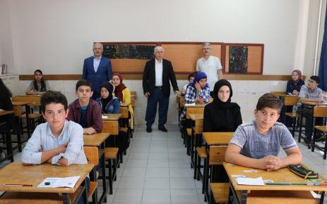 8.sınıf öğrencileri LGS için ter döktü