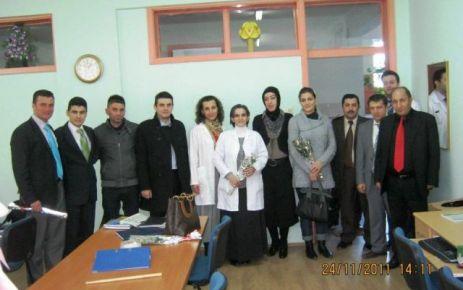 Ak Partili Kadınlardan öğretmenlere ziyaret