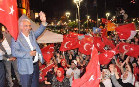 Ak Parti'nin Trabzon'da asıl kazananı Oflu Vehbi Koç