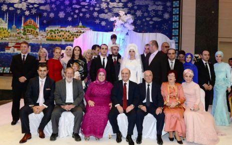 Bakan Bayraktar'ın oğlu Muhammet evlendi