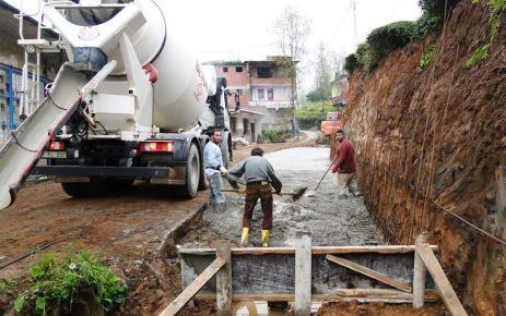 Ballıca Belediyesi yol genişlemeye devam ediyor