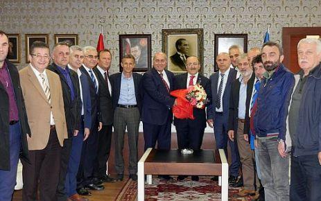 ASKF Yönetimi Başkan Gümrükçüoğlu'nu ziyaret etti