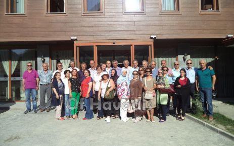 Başkan Saral, Liseli arkadaşlarıyla hasret giderdi
