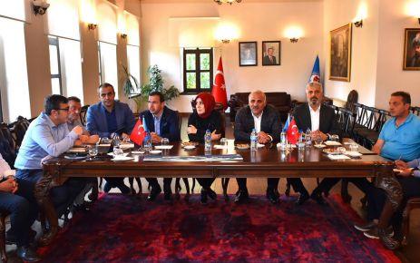 Başkan Zorluoğlu vekillerle projeleri istişare etti