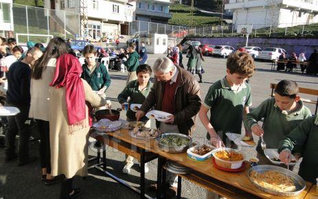 Bölümlü Ortaokulu'nda Yerli Malı şenliği