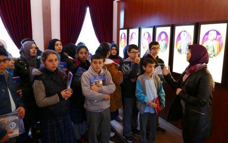 Büyükşehir Belediyesi öğrencilere tarih şuuru aşılıyor