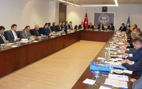 Büyükşehir Belediyesinde koordinasyon toplantısı