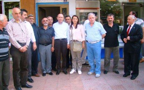 CHP'li M.Akif Hamzaçebi'den teşkilata ziyaret