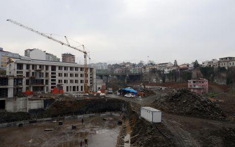 Cudibey Ortaokulu ve öğretmenevi inşaatı hızla devam ediyor