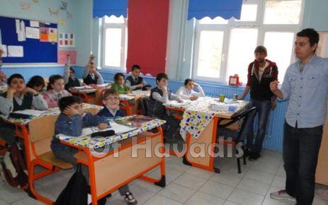 Cumapazarılı öğrenciler Zeka Oyunları için hazır