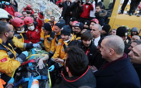 Elazığ'daki 6,8'lik depremde 41 kişi can verdi
