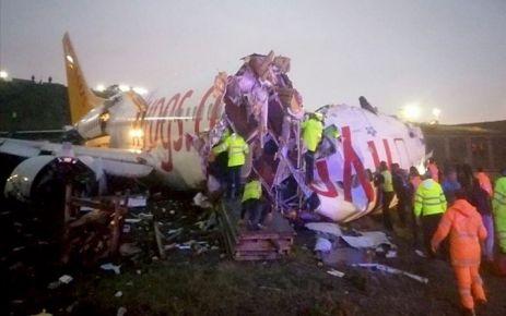 İstanbul Sabiha Gökçen'de uçak pistten çıktı; 3 ölü