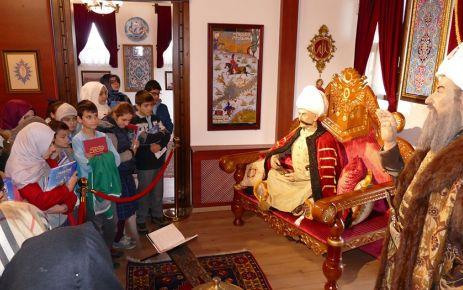 Kanuni Sultan Süleyman Osmanlı Kültürevi'nde Tarihe yolculuk