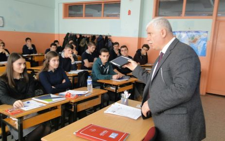 Liseli öğrencilere YGS motivasyonu