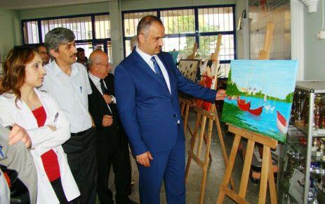 Of Anadolu Lisesi'nden resim sergisi