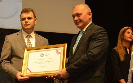 Of İHL Tarih Öğretmeni Miktat Aktaş'a mansiyon ödülü