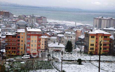 Of'a mevsimin ilk karı düştü