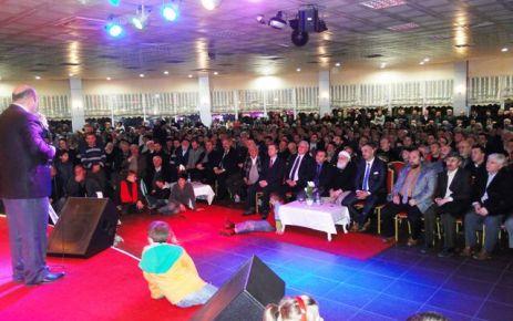Ömer Döngeloğlu'nun Of programına yoğun katılım