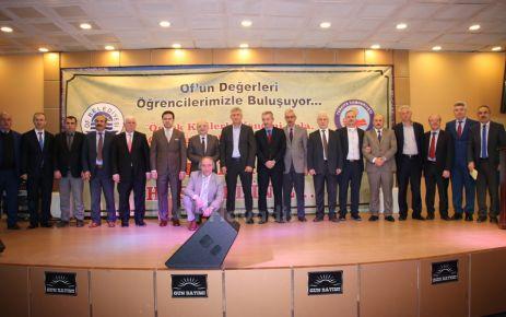 Prof. Dr. Karaismailoğlu Of'ta öğrencilerle buluştu