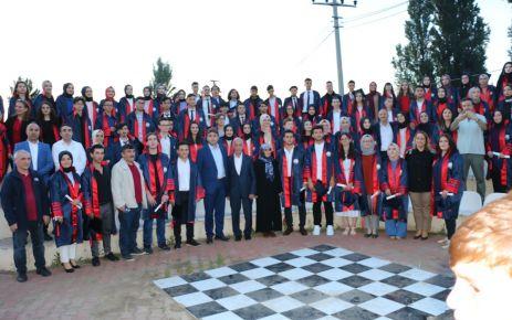 Şehit Necmi Çakır Anadolu Lisesinde mezuniyet coşkusu