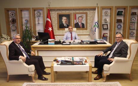 Şentürk ve Yaşar'dan Prof. Karaman'a ziyaret