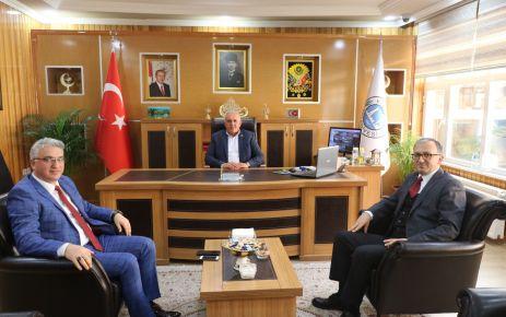 Şentürk'ten Başkanlar Özer ve Serdar'a ziyaret