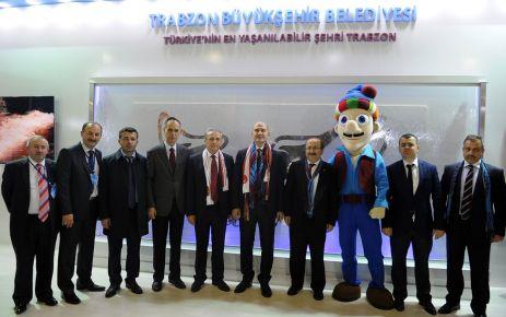 Soylu ve Gümrükçüoğlu İstanbul'da Trabzonlularla buluştu