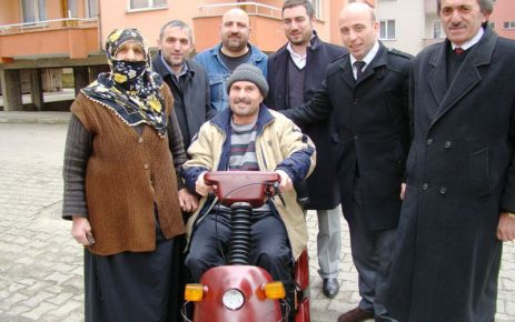Terzioğlu'ndan engelli Çapoğlu'na şarjlı araç