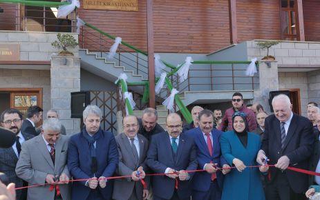 Trabzon'un ilk Millet Kıraathanesi hizmete açıldı