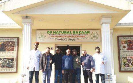 Ummanlı televizyoncular Of Natural Bazaar'da