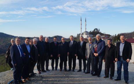 Vali Yavuz, Mimar Sinan Camiinde incelemelerde bulundu