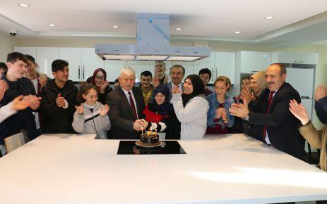 Yakup Türköz Özel Eğitim okulunda engelliler günü kutlaması