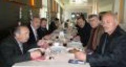 Bayraktar Of'ta esnaf ve işadamlarıyla kahvaltıda