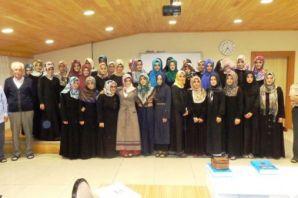 Hamzalı'da 41 kız öğrenci 45 günde Arapça öğrendi