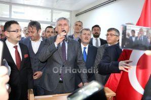 Başkan Sarıalioğlu ve meclis üyeleri mazbatalarını