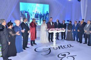 Başkan Sarıalioğlu çiftlerin mutluluğuna ortak olu