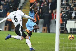 Trabzonspor Beşiktaş karşısında 2-0'ı koruyamadı