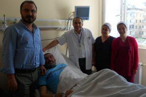 Alireisoğlu'na Of Devlet Hastanesi'nde Artroskopi